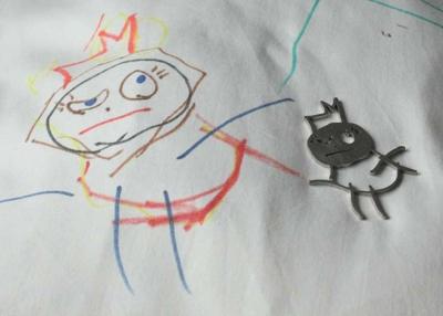Lapsen piirustuksesta valmistettu uniikki koru I Personalized Jewellery made from child's drawing